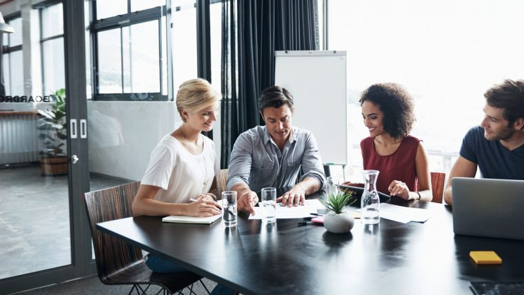 Hiring companies: the tricks to get jobs right away